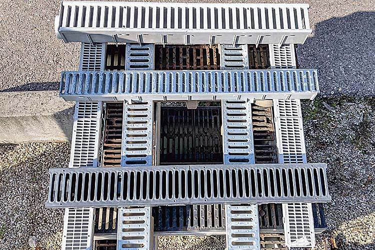 Materiali per la canalizzazione di acqua, gas ed elettricità