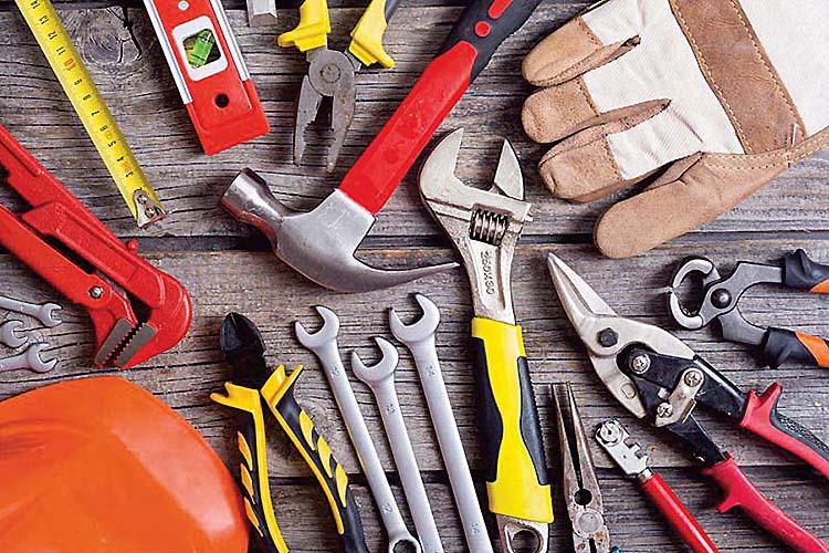 Materiali e strumenti da ferramenta e giardinaggio